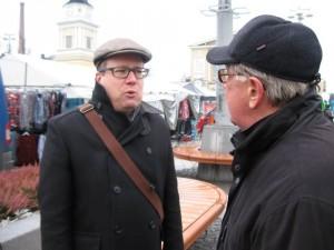 Vaalien aikana tuli käyty paljon keskusteluja mm. Keskustorin vaalimökillä.